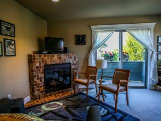 Ballard Abode Vacation Home Rental in Seattle, WA - Seattle vacation rentals