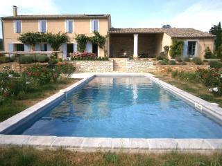 Gr maison récente construction, moderne, lumineux - Saint Michel d'Euzet vacation rentals