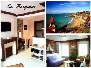"""Studio """"La Bisquine"""" à 150m de la Plage - Granville vacation rentals"""