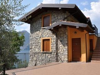 La Stallina apartment - Monte Isola - Lake Iseo - Monte Isola vacation rentals