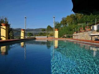 Lovely Villa with Deck and Internet Access - Sarzana vacation rentals
