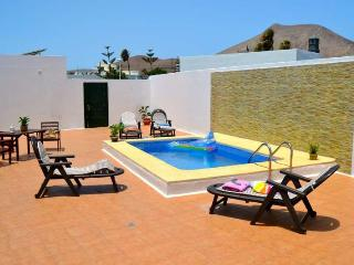 3 bedroom Villa with Internet Access in Guime - Guime vacation rentals