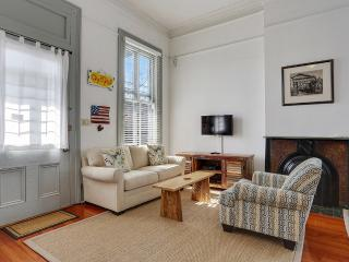 Beautiful Home in Historic Garden District. Walkin - New Orleans vacation rentals