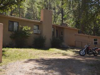 3 Bedroom 2 Bath Cabin 3 Minutes Inn Mountain Gods - Ruidoso vacation rentals
