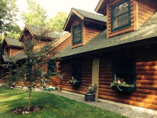 Woodstock Vermont Village Log Home Apartment - Woodstock vacation rentals