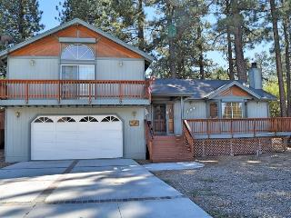 Eagle Point Retreat: Indoor Hot Tub! Pool Table! - City of Big Bear Lake vacation rentals