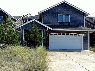 Newer 4 bedroom, WIFI, PET OK. Beach is so close! - Pacific City vacation rentals