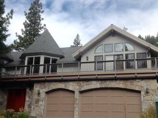 Squaw Valley, CA Luxury Home w/Hot Tub & Views - Squaw Valley vacation rentals