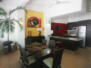 4 bedroom House with Deck in Sayulita - Sayulita vacation rentals