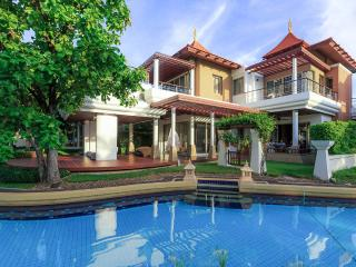 5 Bedroom Luxury Beachfront Villa - Hua Hin vacation rentals