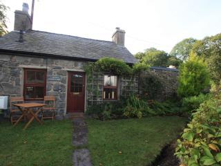 Quaint Welsh Stone Cottage Llanberis Snowdonia - Llanberis vacation rentals