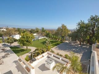 Villa Lucia - Santa Barbara de Nexe vacation rentals