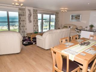 Apartment 11 Latitude 51 located in Westward Ho!, Devon - Westward Ho vacation rentals