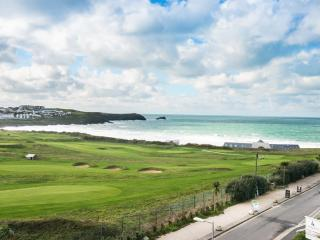 14 Azure located in Newquay, Cornwall - Newquay vacation rentals