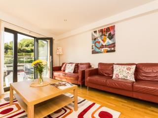 1 Middle Manor Cottages located in Brixham, Devon - Brixham vacation rentals