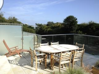 18a Studland Dene located in Bournemouth, Dorset - Bournemouth vacation rentals