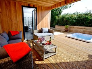Mulberry Lodge located in Cheddar, Somerset - Cheddar vacation rentals