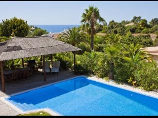 4 Bedroom Villa in Quinta do Paraiso, Carvoeiro - Carvoeiro vacation rentals