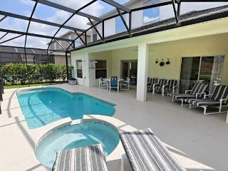 Balmoral Villa: Luxurious, Modernly furnished 5 bedroom vacation home - Davenport vacation rentals
