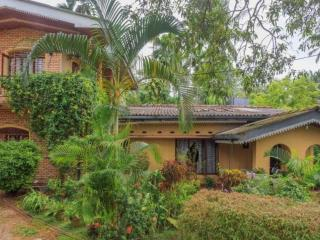 Romantic 1 bedroom Bentota House with Internet Access - Bentota vacation rentals
