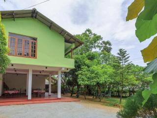 1 bedroom House with Parking in Polonnaruwa - Polonnaruwa vacation rentals