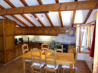 3 bedroom Apartment with Internet Access in Le Chable - Le Chable vacation rentals