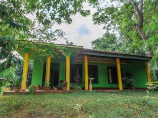 Convenient 1 bedroom House in Habarana - Habarana vacation rentals
