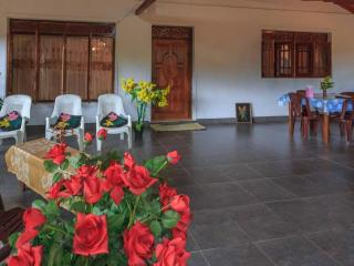 Nice 1 bedroom House in Ella with Internet Access - Ella vacation rentals