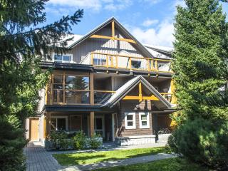 'Glaciers Reach' 2 bedroom with private hot tub steps from Whistler Village! - Whistler vacation rentals