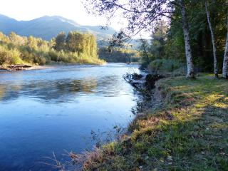 Gateway to North Cascades NP on the Cascade River - Marblemount vacation rentals