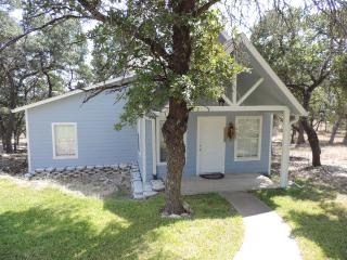 Elizabeth's House by the Creek - The Lodge House - Luckenbach vacation rentals