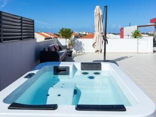 HolidayOn…AC Design Apartmens - Baleal vacation rentals