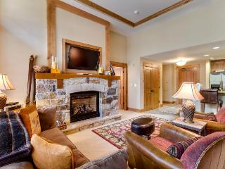 Ski-in/ski-out lodge with room for four, cozy fireplace! - Truckee vacation rentals