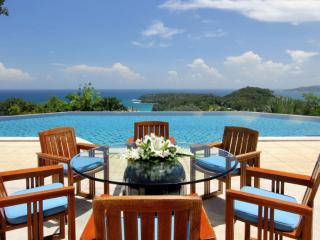 Elegance 6 Bedrooms Nestled on a Hilltop in Surin Beach - Surin vacation rentals