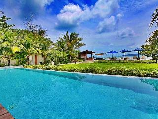 Luxurious Beachfront Penthouse Spectacular Views in Bang Tao - Bang Tao vacation rentals