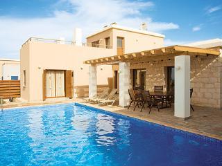 Villa Coral Olympus Poseidon, Coral Bay in Cyprus - Paphos vacation rentals