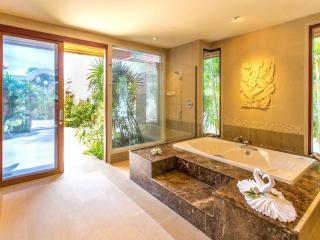 The Ultimate Luxury 4 Bedroom Villa in Bophut - Bophut vacation rentals