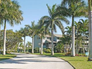 A waterfront gem at Blue Crab Key on Pine Island - Bokeelia vacation rentals