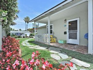 Beach Colony's quaint SEASHELL Cottage - Del Mar vacation rentals
