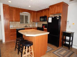 2 bedroom Apartment with Balcony in Winter Park - Winter Park vacation rentals