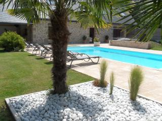 Nice Villa with Internet Access and Satellite Or Cable TV - Ploemel vacation rentals