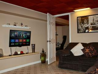 Modern&Charming Apartment.10 Min away from O'Hare - Chicago vacation rentals