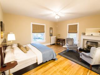 Colborne B&B - Kennedy King Suite-no cleaning fee - Goderich vacation rentals