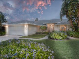 Naples - Crown Pointe / Great Lake-view Pool Home - Naples vacation rentals
