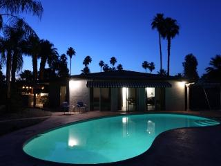 Brentwood Bungalow *NEW LISTING* Mid Century Re Do - Palm Springs vacation rentals