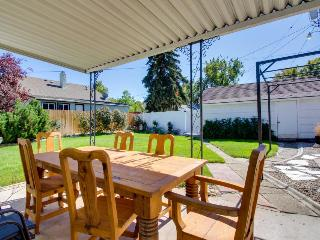 Spacious dog-friendly home w/fenced yard, two bikes & central location! - Boise vacation rentals