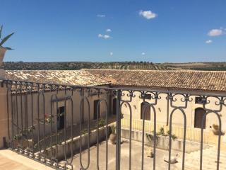 Nice Villa with Deck and A/C - Casale Modica vacation rentals