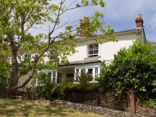 Large stylish period house in Farnham - Farnham vacation rentals