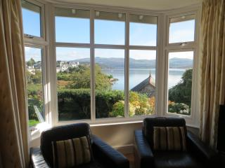 Spacious Cottage with Internet Access and Television - Borth-y-Gest vacation rentals