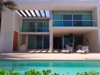Perfect House with Garage and Balcony - Telchac Puerto vacation rentals
